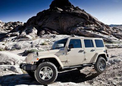 Jeep Wrangler-Rooftop-tent-4